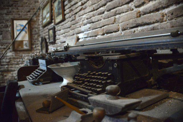 Las máquinas de escribir que escribieron una época.
