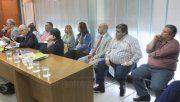 De traje, el exministro de Salud, sentado entre los acusados.