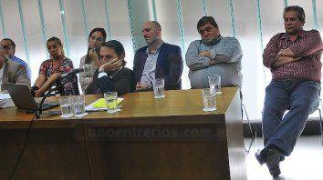 Molestos. Los dirigentes no les agradó el pedido de condena y cárcel reclamados. Foto: Juan Manuel Hernández.