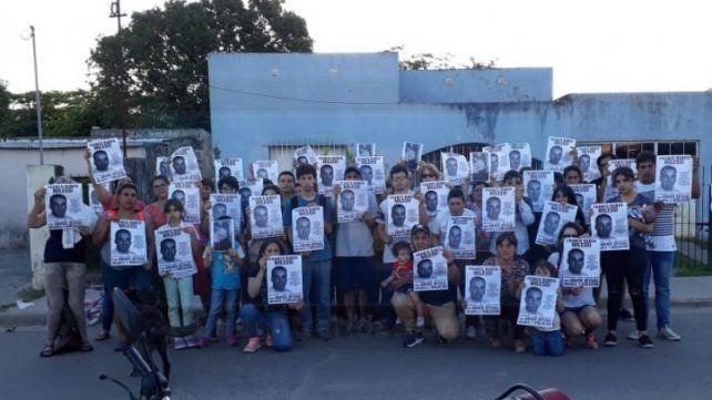 Reclamo. El domingo hubo una marcha y escrache en la casa del abusador sexual en Gualeguay.