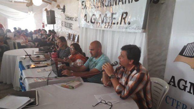 Agmer rechazó la propuesta salarial y convocó al paro el jueves y viernes