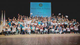 El Rotary Club Paraná distingue   a los mejores compañeros