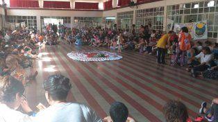 Las rondas se realizaron en el salón de la escuela Almafuerte.