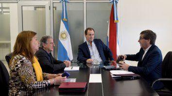 Bordet. Junto a los ministros Luis Benedetto y Hugo Ballay, y Alicia Benítez, de Vialidad provincial.