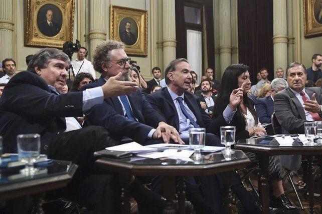 Acalorado debate. El senador kirchnerista de Formosa atacó a Pichetto. Foto: La Nación