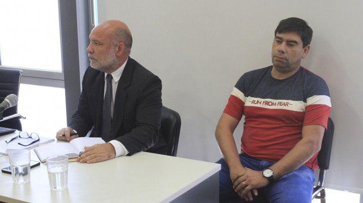 Versión. Acosta dijo que detuvieron a Leiva porque estaba ebrio y quiso golpearlo a patadas.
