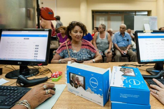 +Simple en Paraná: habrá una nueva entrega de tablets a adultos mayores