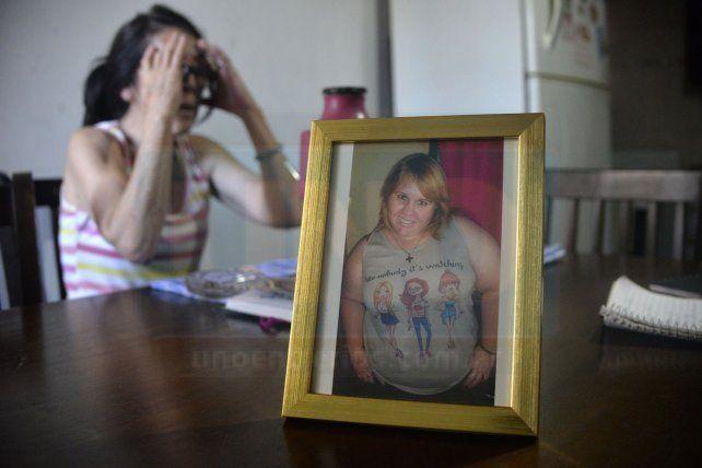A la víctima la asesinaron de un disparo en la cabeza y desmembraron el cuerpo que fue arrojado en el Parque Varisco. La madre de la víctima del femicidio espera que alguien aporte información para poder tener un poco de paz.