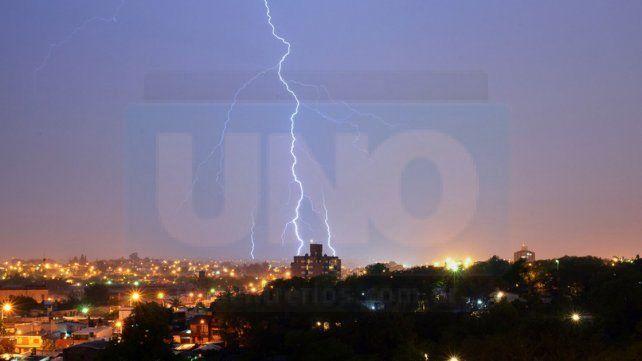 Reponen suministro eléctrico afectado por el temporal y dan consejos para evitar electrocuciones