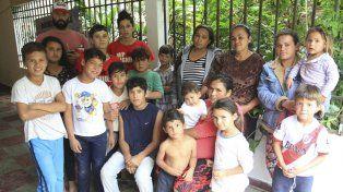 Ellos esperan por la solidaridad de Paraná.