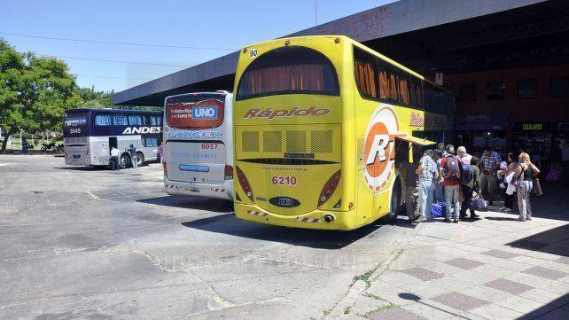 El Gobierno autorizó aumentos de hasta 30% en tarifas de ómnibus de larga distancia