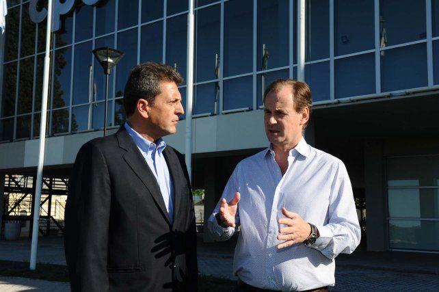 Plan contras las inundaciones. Massa dialogó telefónicamente con el gobernador Bordet.