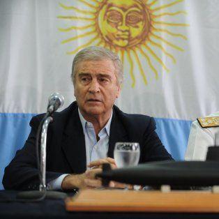 No tenemos los medios para extraer un submarino de esas características, dijo Oscar Aguad