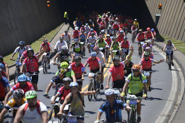 La convocatoria de ciclistas colmó las expectativas.