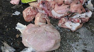 Hicieron detonar una cartera en Alto Palermo y tenía pollo crudo