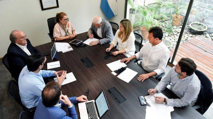 Reunión. Massa publicó la foto y habló del camino equivocado