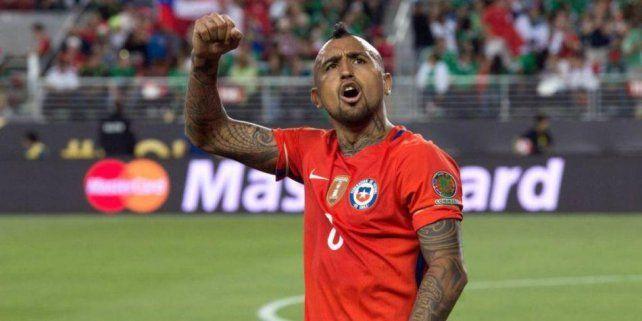 El insólito penal que cobró el árbitro peruano Michael Espinoza en un  amistoso