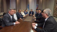 ocho gobernadores peronistas buscan construir una alternativa electoral en 2019