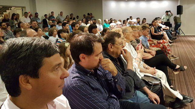 El diputado Gustavo Zavallo siguió la presentación desde la primera fila.