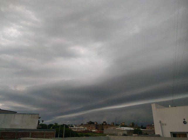 Pronostican más lluvias para lo que resta del jueves en Paraná