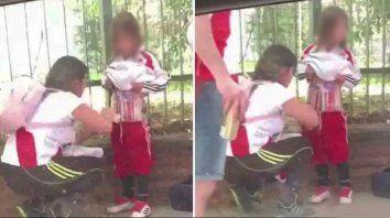 condenaron a la madre que escondio bengalas entre las ropas y el cuerpo de hijo