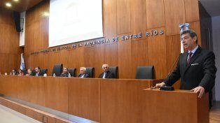 Acto. Horacio Rosatti fue el principal orador durante el acto de cierre del Instituto de Formación Juan Alberdi.