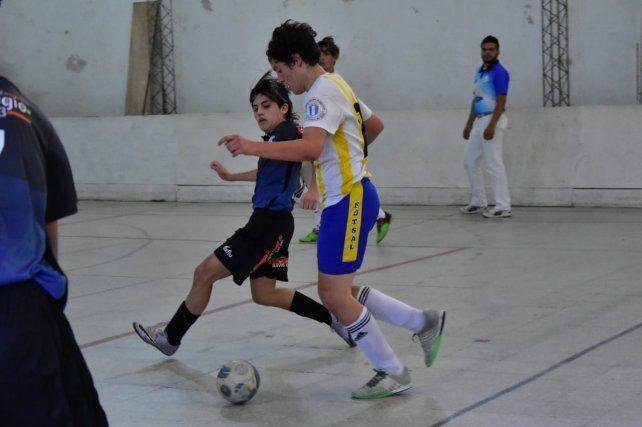 Los juveniles de Paracao y Español, finalistas del Torneo Clausura de Futsal