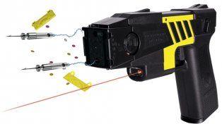 Nuevo protocolo de seguridad: En CABA ya se analiza la implementación de las pistolas Taser
