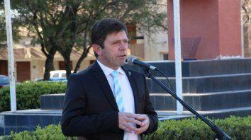 El presidente de la UCR se mostró molesto con la decisión de Bordet.