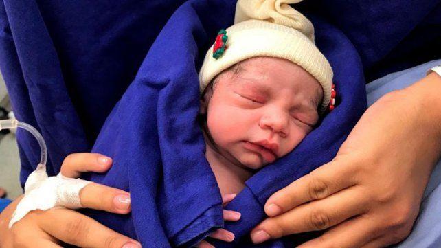 Nació el primer bebé concebido por una mujer estéril gracias a un útero trasplantado de una mujer fallecida