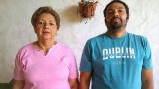 Premio. Poli y su hijo Manuel celebraron en familia.