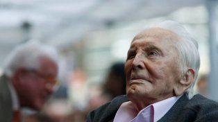 Kirk Douglas, la leyenda de Hollywood, cumple hoy 102 años