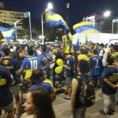 El pueblo de Boca festejó el día del hincha en la plaza de Mayo