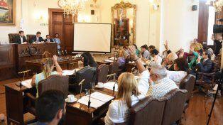 Con el retiro de Etienot, Cambiemos logró aprobar  la Tributaria y el Presupuesto