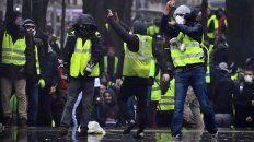 tension en paris por otra marcha de chalecos amarillos