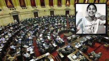 diputados aprobo la ley micaela, que busca capacitar sobre violencia de genero