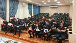 Nuevas directivas. Autoridades policiales de la provincia recibieron las resoluciones.