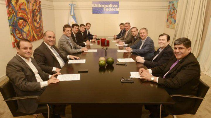 Junto a gobernadores, Bordet participó en un nuevo encuentro del PJ Federal