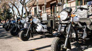 Varisco entregó 50 motocarros en el marco plan de erradicación de la tracción a sangre