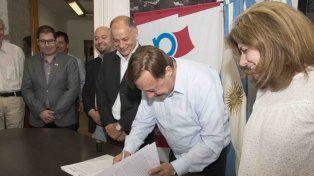 El Municipio y la Universidad Nacional de Entre Ríos firmaron un convenio de trabajo