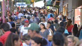 Intenso movimiento gasolero en la peatonal de Paraná