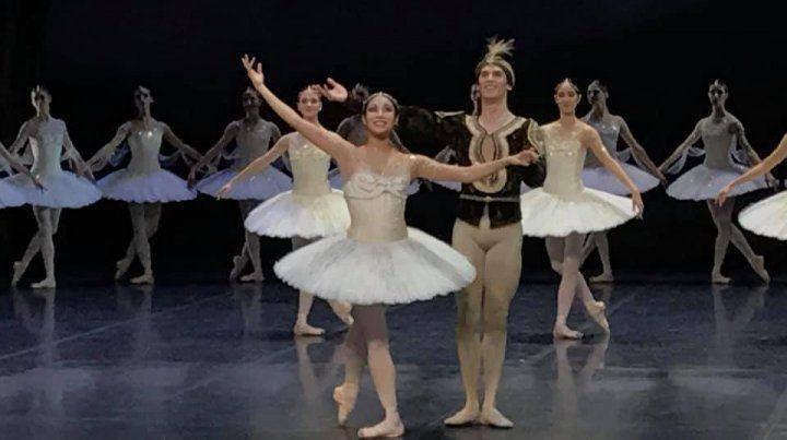 Feliz. El bailarín se lució en su primera presentación con la compañía teutona tras su salida del Ballet del Sodre.