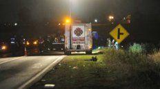 accidente en ruta 18: dos motociclistas perdieron la vida tras ser impactados de atras por un auto