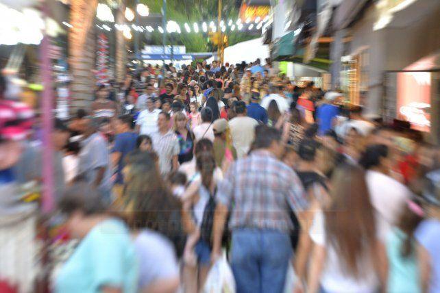 Balance de CAME: Las ventas minoristas cayeron 9% esta Navidad
