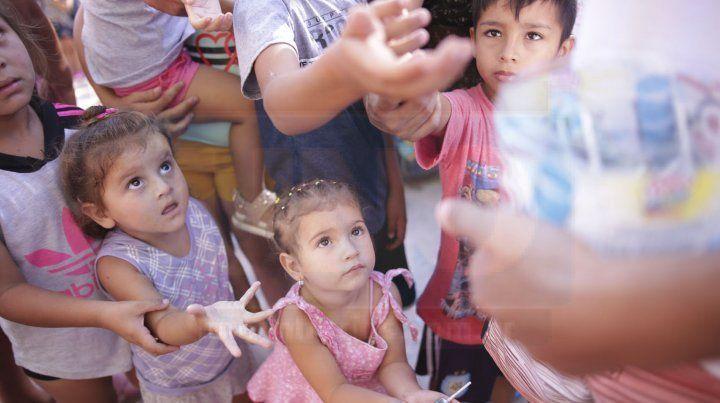 La magia y el espíritu navideño llevó alegría a niños y niñas de la zona oeste