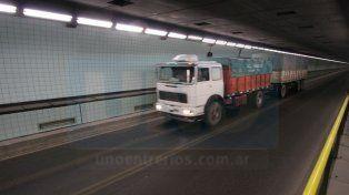 Se les apaga el motor: el Túnel Subfluvial y un singular problema con los camiones