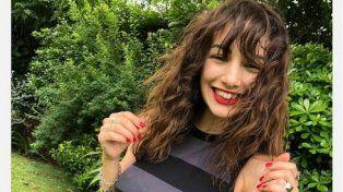 Thelma Fardin promociona una línea de ropa con fines solidarios