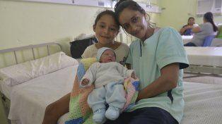 Renzo en el hospital San roque junto a sus seres queridos.