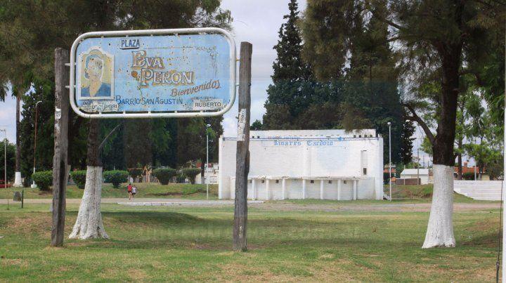 Reyerta. Entre 60 y 80 personas protagonizaron la gresca en la plaza Eva Perón