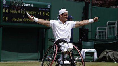 Gustavo Fernández denunció que le perdieron la silla de ruedas